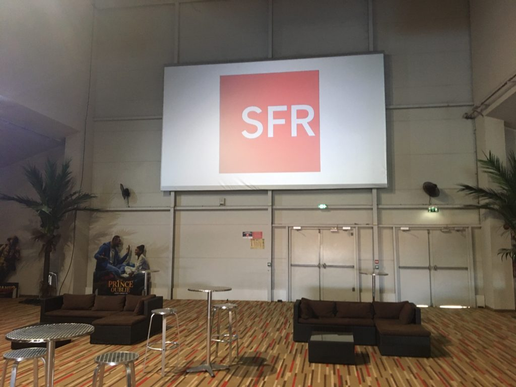 ECRAN 7 SFR